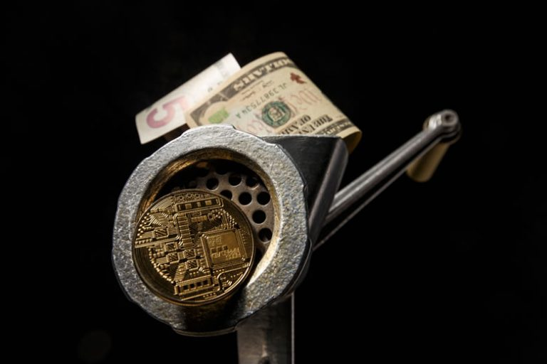 """This """"Golden Pocket"""" Could Wipeout Ethereum's Momentum"""