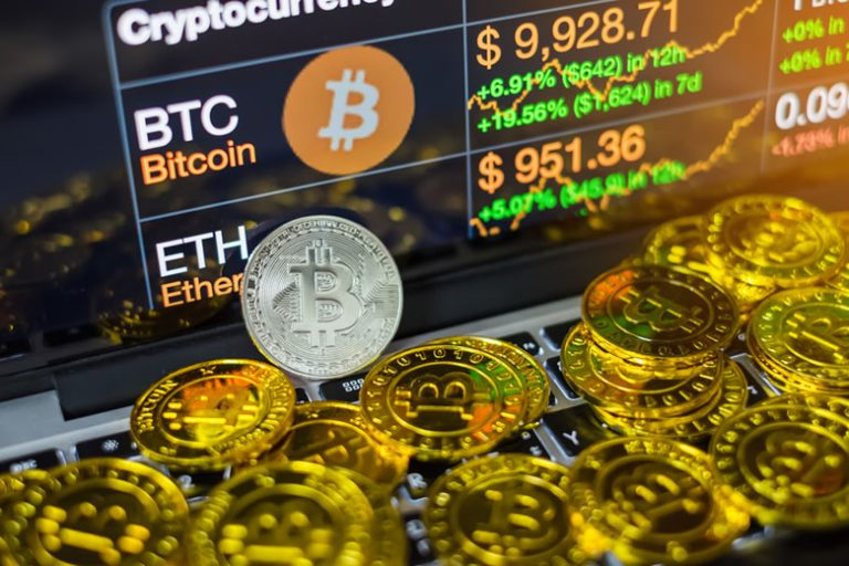 Bitcoin Price Could Hit $50K in 2021, Bloomberg Analysts Say