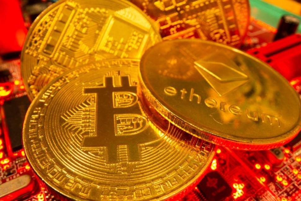 Hong Kong om Crypto-uitwisselingen te beperken tot professionele beleggers