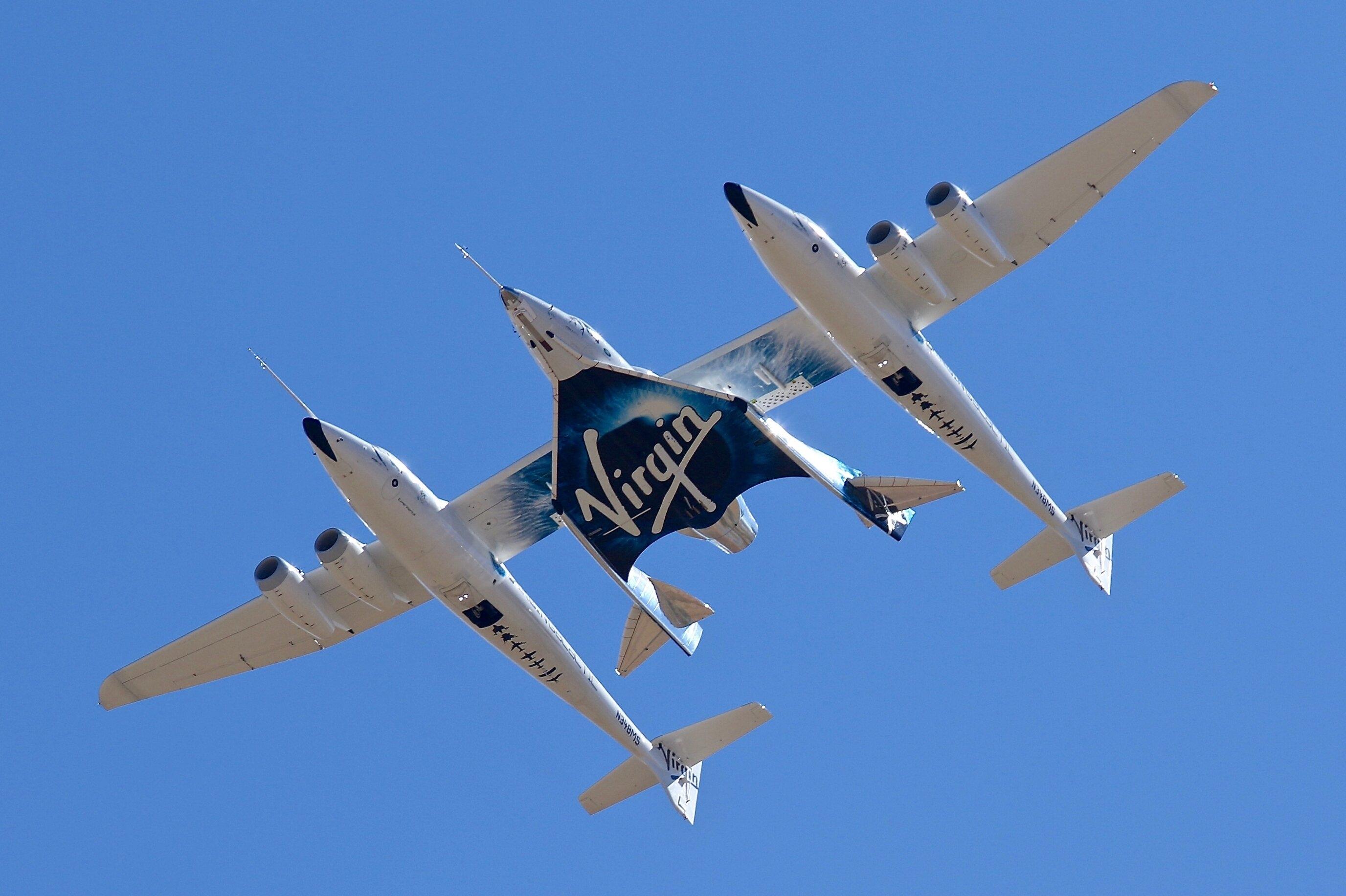 Virgin Galactic Raketenschiff steigt von New Mexico auf