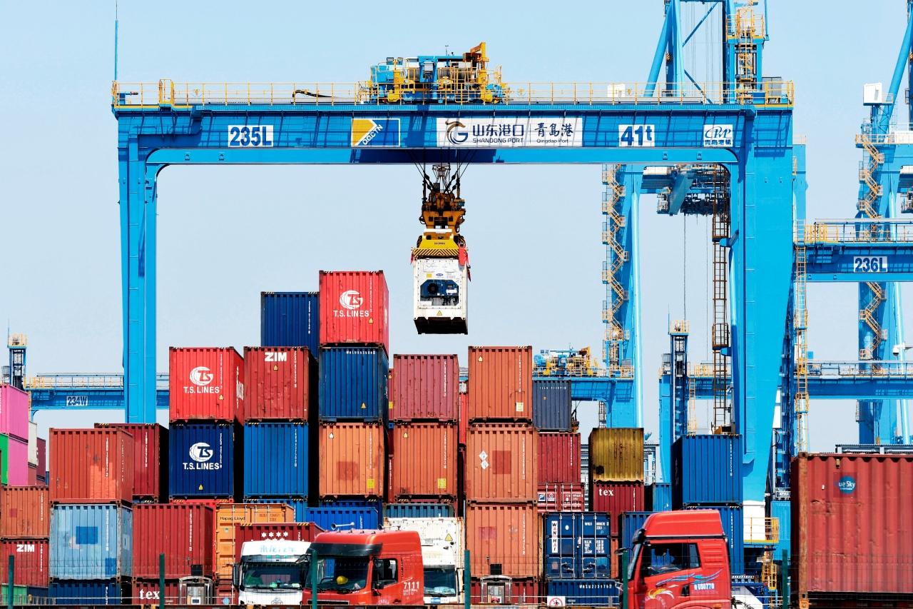 Kiinan vienti kiihtyy pandemian kasvaessa Yhdysvalloissa ja muilla markkinoilla
