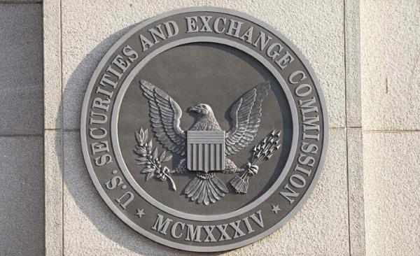 Former SEC Head Bashes Crypto, Angers Mark Cuban