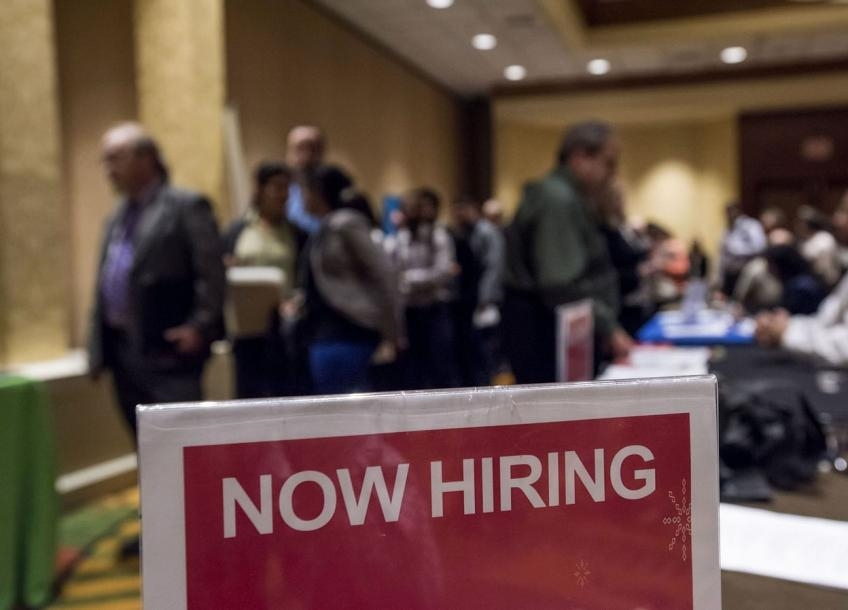 US initial jobless claims drop below 400,000; layoffs dip 16.7% to 21-yr low in June