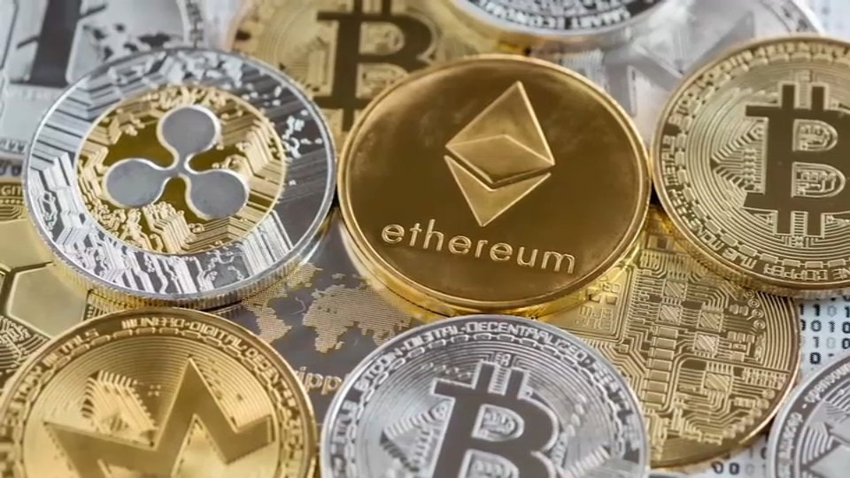 Overwhelmed By the Concept of Bitcoin, Other Cryptocurrencies? Here's Quick Explainer