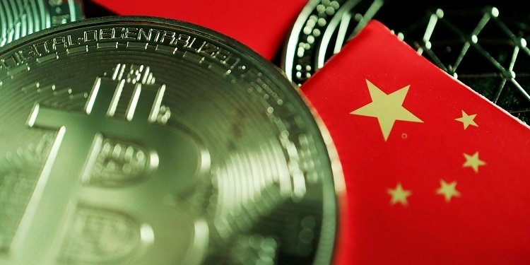 Crypto exchanges rush to shed Chinese users after Friday's crackdown