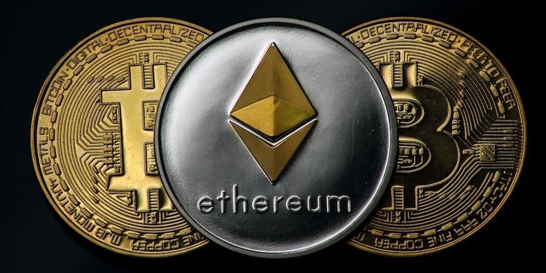 Bitcoin en ether kunnen tegen het einde van het jaar recordhoogten bereiken als de SEC een crypto-ETF goedkeurt, zegt Fundstrat