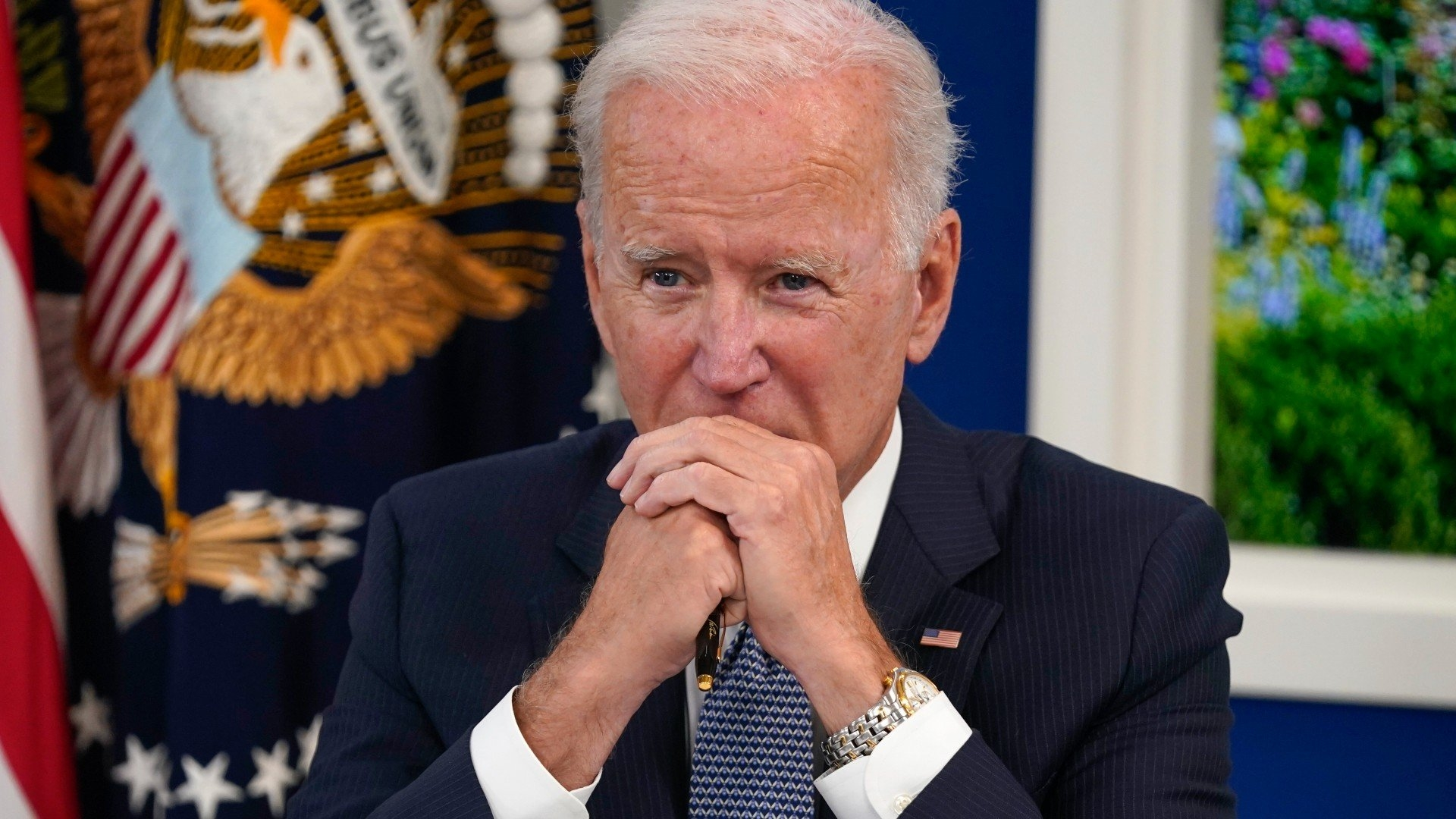 Biden, conversion to mandate, laying financial grounds for shots | Chicago News
